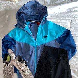 Nike wind breaker jacket